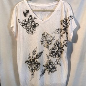 Lane Bryant white shirt tee shirt size 18/20.